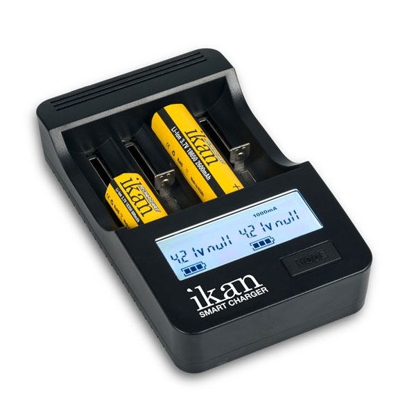 iKan Four-Bank Battery Universal Smart LCD Charger